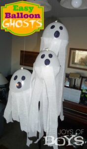 Balloon Ghosts: Easy Halloween Decorations
